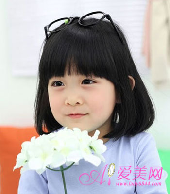 女宝宝齐刘海发型 打造超萌小女神